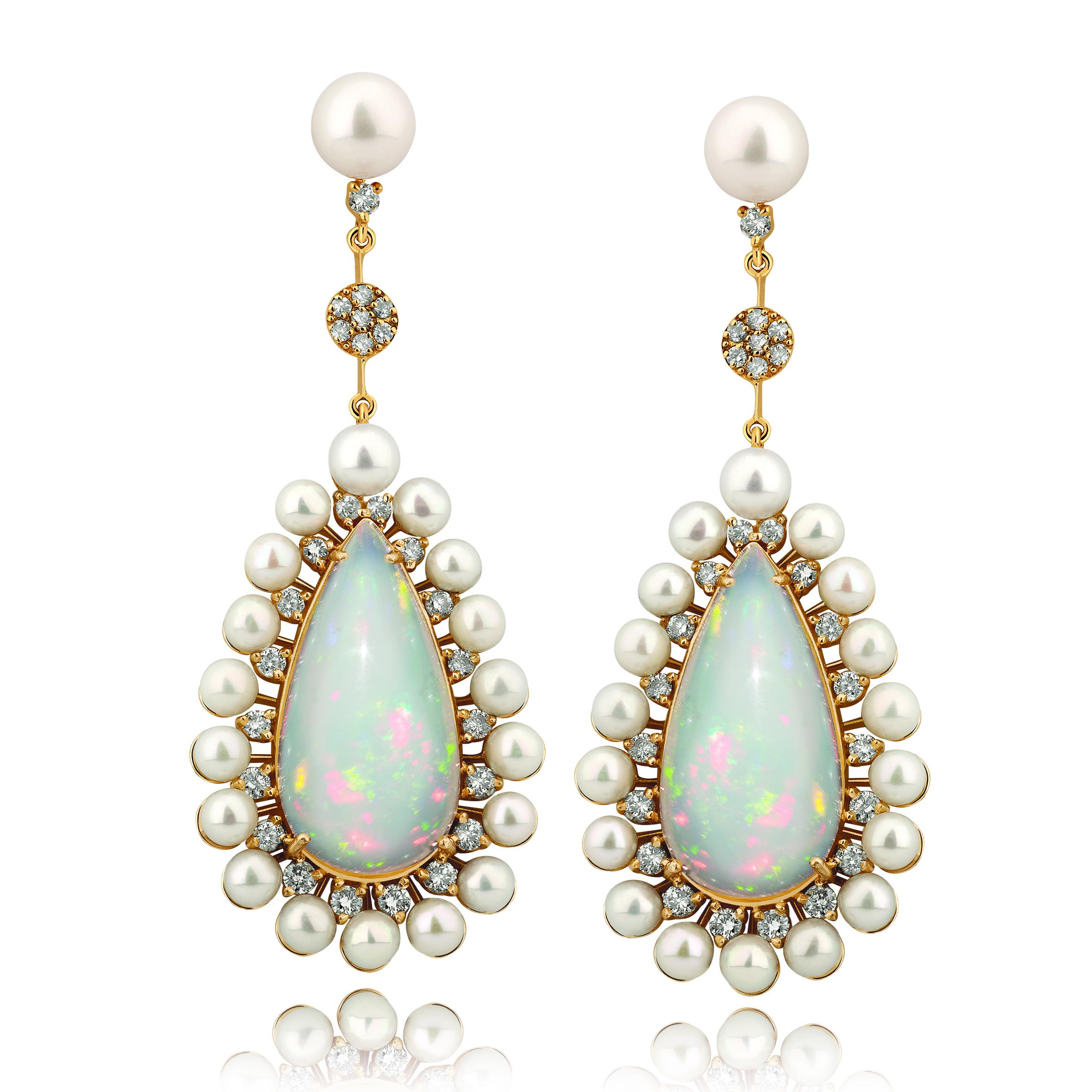 Brincos de pérolas com opalas e diamantes da Benne Fatto
